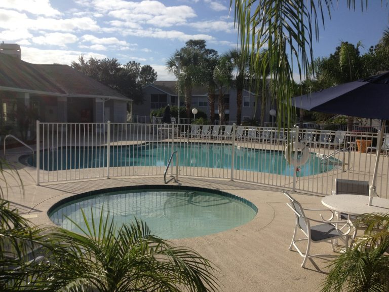 piscine des condos de lake Mary en vente à orlando en Floride
