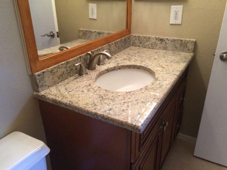 salle de bain avec marbre du condo a vendre cpm8 en floride