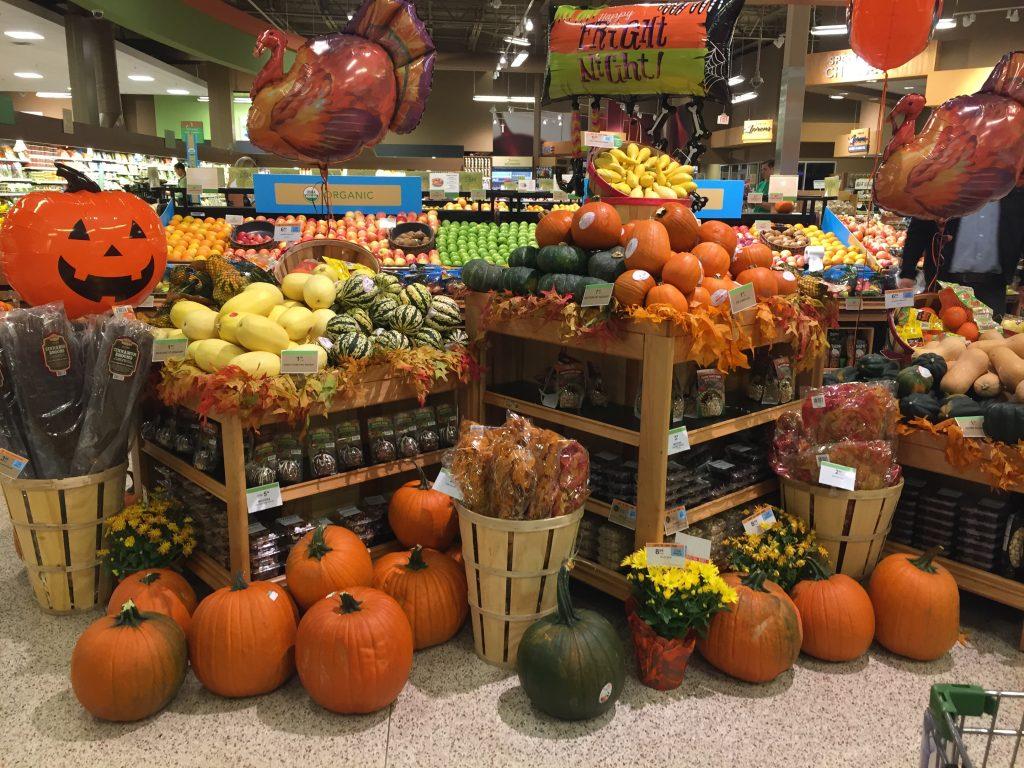 décoration pour halloween dans un magasin publix en Floride