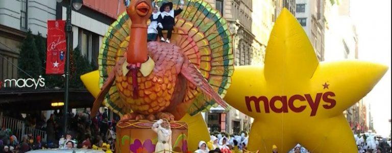 parade de thanksgiving des grands magasins Macy's à New York aux USA