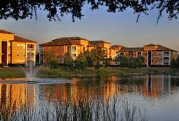 Résidence de condos à vendre en Floride avec Auxandra
