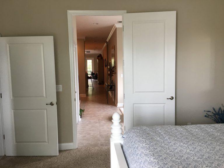 couloir menant aux autres chambres