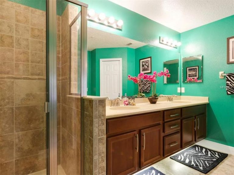 salle de bain d'une maison de ville