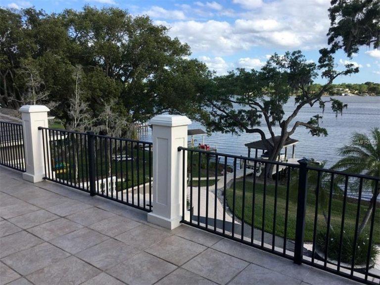 Magnifique vue sur un lac privé