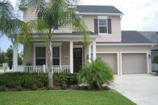 villa familiale avec deux garages en Floride