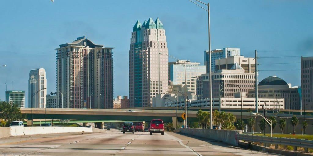 la I4 est la voie rapide traversant Orlando d'Est en Ouest