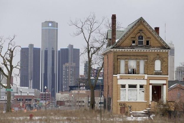maison delabree dans la ville de detroit USA
