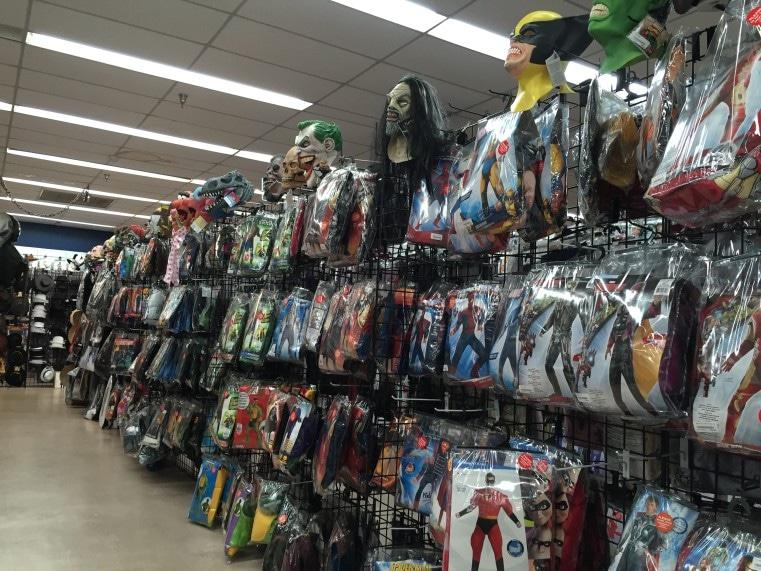 Grand magasin de costumes et de décorations d'Halloween en Floride