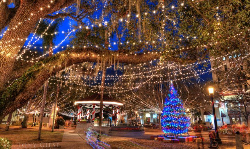 3 millions de guirlandes pour illuminer Saint Augustine en Floride pour Noël