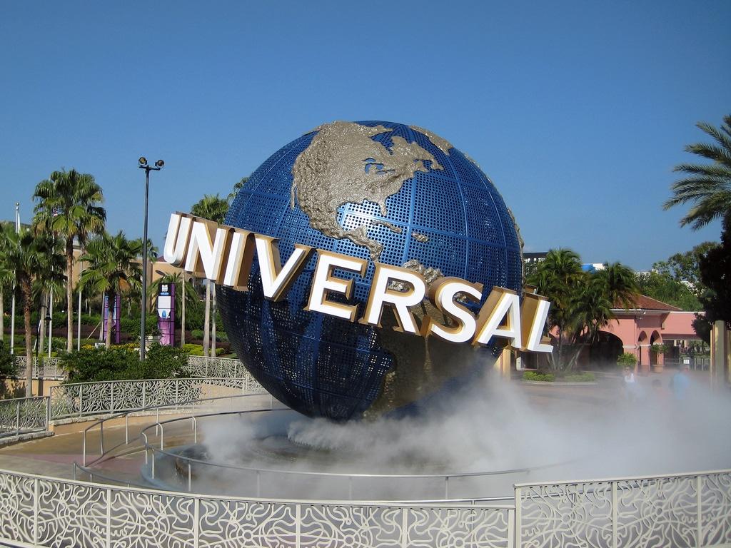Globe symbole du parc universal Studios en Floride