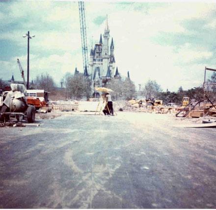 construction du parc de magic Kingdom à Orlando dans les années 60